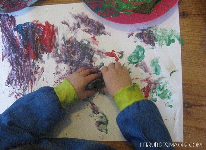 Peindre avec des éléments de la nature